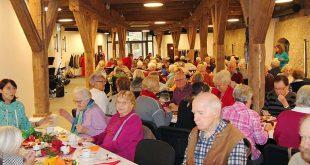 Seniorenkaffee im Burgsaal