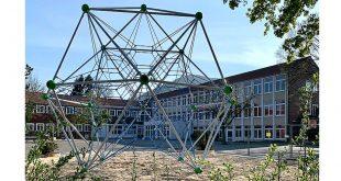 Klettergerüste auf Schulhöfen AGG und Goldene Aue